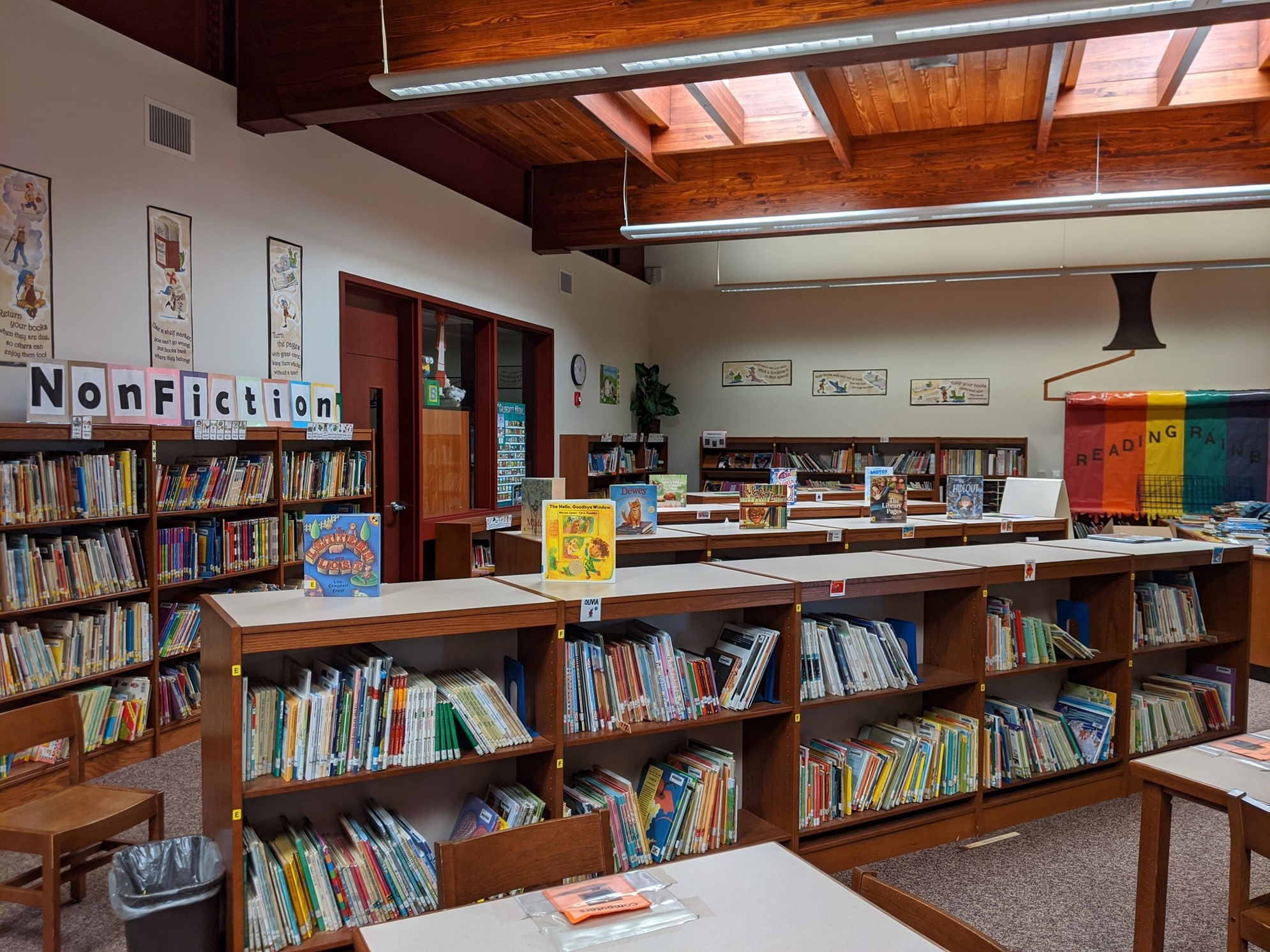 Corry Area Primary School Library